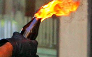 Kantor DPP Partai Golkar Dilempar Molotov - JPNN.com