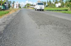 11 Titik Jalan di Bekasi ini Masih Rusak - JPNN.com
