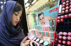 Kenali 5 Ciri Kosmetik Yang Mengandung Merkuri - JPNN.com