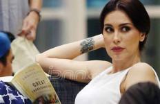 Selektif Soal Satu Ini, Tante Sophia Tak Suka Jajan di Luar - JPNN.com