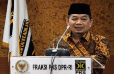 PKS Pengin Banget Pak Jokowi Paham Keinginan GNPF-MUI - JPNN.com
