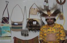 Mervin Prihatin dengan Gaji ABK di Bawah UMP Papua - JPNN.com