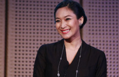 Happy Salma Angkat Karya Pramoedya ke Panggung Teater - JPNN.com