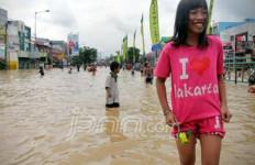 Musim Banjir Tiba, Anies Siapkan Rekayasa Lalu Lintas - JPNN.com