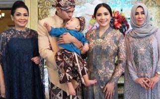 Ibunda Raffi Ahmad Rupanya Sering Kirim Makanan untuk Sule - JPNN.com