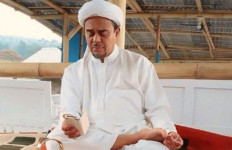 Yusril dan Mahfud Bakal Jadi Saksi Ahli Habib Rizieq - JPNN.com