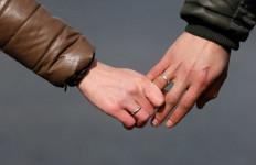 Mbak AO dan Selingkuhan Tepergok Suami Lagi Berduaan di Rumah, Tanpa Busana - JPNN.com
