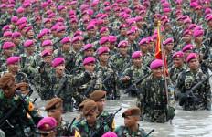 Marinir Surabaya Jaga Perbatasan dengan Malaysia Timur - JPNN.com