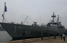 Kapal Perang Australia Berlabuh di Tanjung Priok - JPNN.com