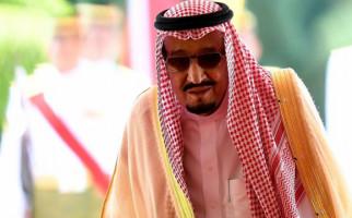 Lihat, Ada Tentara Perempuan Pengawal Raja Salman - JPNN.com