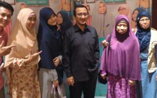 Ustaz Yusuf Mansur Menangis, Beber Kedekatannya dengan Ibunda Jokowi - JPNN.com
