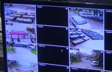 Pantau Terus CCTV dan Saling Koordinasi Dengan Patroli Lapangan! - JPNN.com