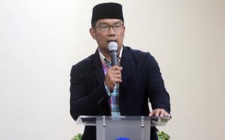 Kang Emil Usulkan Sanksi Tilang ke Pengendara Motor Pelanggar PSBB - JPNN.com