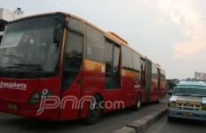 Selama Pembatasan Sosial, Jam Operasional Transportasi Publik Jakarta Dibatasi - JPNN.com