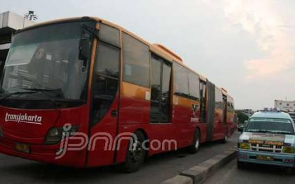 Sopir 106 Protes, Layanan Transjakarta S41 Dialihkan - JPNN.com