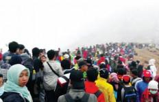 Akhir Tahun, Ijen Diserbu 17.691 Orang - JPNN.com