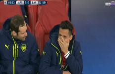 Alexis Sanchez Tertawa saat Arsenal Tertinggal 1-5.... - JPNN.com