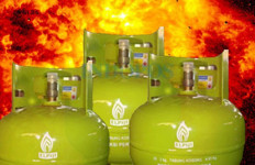 Tabung Gas Bocor, Ayah dan Menantu Terbakar - JPNN.com