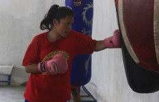 Pelatih Tinju Filipina Puji Penampilan Vika - JPNN.com
