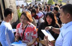 MenPAN Asman Soroti Pelayanan Imigrasi Batam - JPNN.com