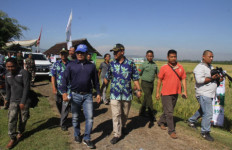 Pak Moeldoko Sekarang Sibuk Urus Padi dan Sawah - JPNN.com