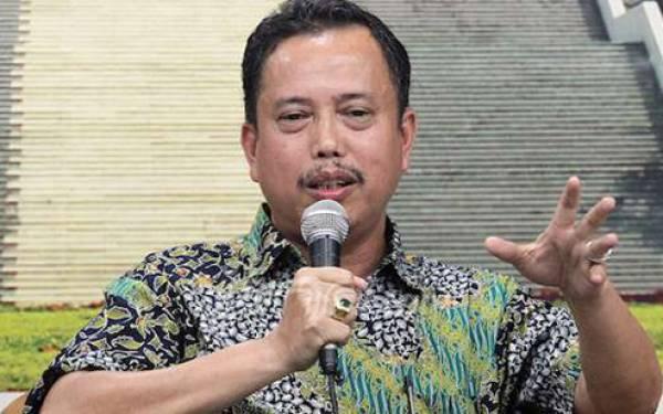 BW Puji Novel Baswedan Terkait Penangkapan Nurhadi, Neta IPW: Jangan Membuat Intrik - JPNN.com