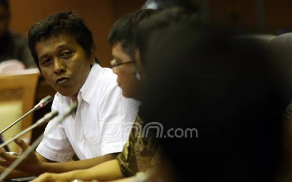 Adian Napitupulu Bertemu Presiden Jokowi di Istana Negara - JPNN.com