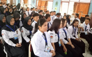 Kemendikbud Klaim Makin Banyak Lulusan SMK Diserap Industri - JPNN.com