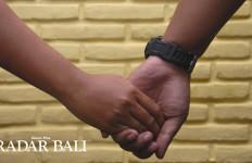 Kisah tentang Ibu Mertua Kesepian Berbuat Saru dengan Menantu - JPNN.com