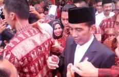 Jalan di Madina Jelek Jokowi Sentil Gubernur dan Bupati - JPNN.com