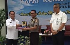 Martinus Ajak Jajaran Kehumasan se-Kaltim Perangi Hoaks - JPNN.com