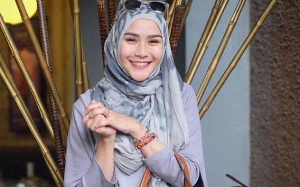 Hamdalah, Zaskia Adya Mecca dan Keempat Anak Sudah Sehat - JPNN.com