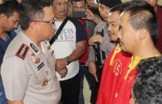 Polisi Gagalkan Penyelundupan 24.600 Benih Lobster - JPNN.com