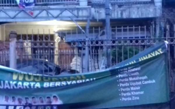 Spanduk Jakarta Bersyariat Bertebaran, Hoaks? - JPNN.com