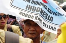 Honorer K2: Tidak Ada Orang Tua yang Menolak Kami - JPNN.com