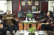 Marcella Zalianty Temui Ketua MPR - JPNN.com