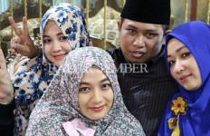 Berapa Harta Kekayaan Lora Fadil, Anggota DPR yang Bawa Tiga Istrinya ke Pelantikan? - JPNN.com