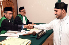 Pasrah Dicerai, Ustaz Alhabsyi Siap Berbagi Harta - JPNN.com