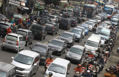 Polri Akui Kesalahan soal Larangan Merokok saat Berkendara - JPNN.com
