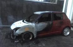 Sedan Dibakar, Pelakunya Diduga Mantan Pacar - JPNN.com
