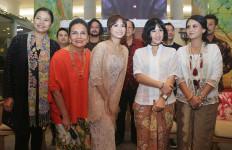 Bertabur Bintang, Kartini Jeblok di Bioskop - JPNN.com