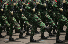 Tidak Perlu Ada Pelibatan Militer dalam Memberantas Terorisme di Indonesia - JPNN.com