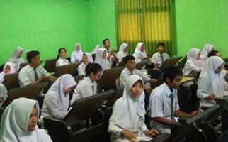 PPDB 2019 SMK, Calon Siswa Dari Mana Saja Boleh Daftar - JPNN.com