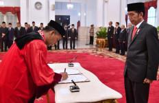 Saldi Isra Akui Dekat dengan Presiden Jokowi, Tapi... - JPNN.com