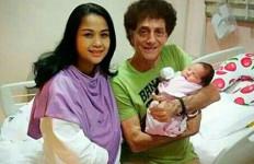 Begini Cerita Ahmad Albar Mengurus Bayi Perempuan - JPNN.com