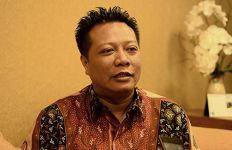 Nizar Zahro Meninggal Dunia, Jenazah Dikubur di Pemakaman Sunan Cendana - JPNN.com