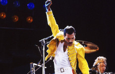 Top! Biopik Freddie Mercury Dipastikan Tayang Tahun Depan - JPNN.com