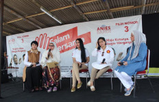 Kampanye Terakhir, Kartika Putri dan Gigi Sosialisasikan Program Anies-Sandi - JPNN.com