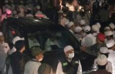 Duaar, Acara Isra Mikraj Habib Rizieq Diteror Ledakan Mobil - JPNN.com