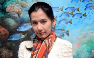 Duh, Saudara Ardina Rasti Ditipu Penjual APD - JPNN.com